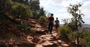 jason_chris_hiking