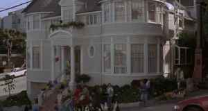 Mrs.-Doubtfire-house-opening-sequence