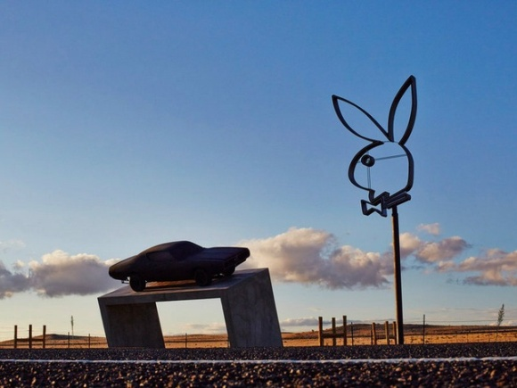 Playboy-Marfa-by-Richard-Phillips_130136